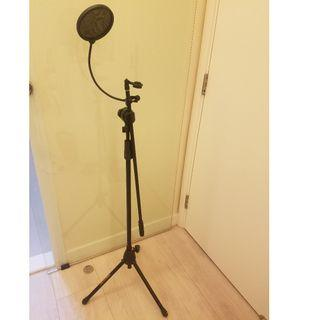 HERCULES Tripod Base Boom Mic stand and Studio Microphone Pop Filter Mic Wind Mask Shield