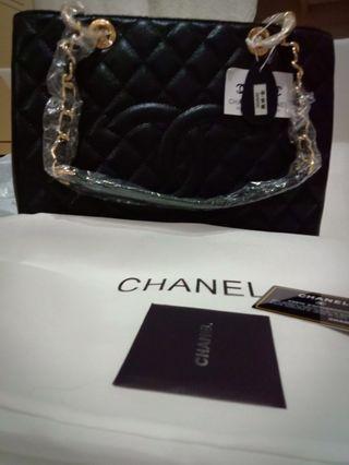 Handbag high quality cavair grade a