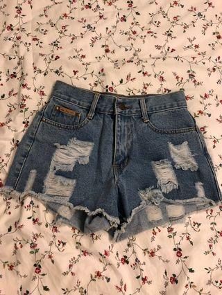 hw demin shorts