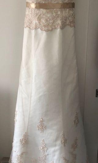 米白色Wedding Dress