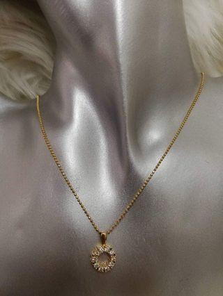 🚚 Round 18k Diamond Necklace