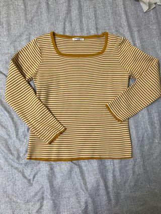 Yellow stripe long sleeve top