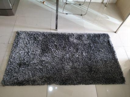 2nd Hand Carpets