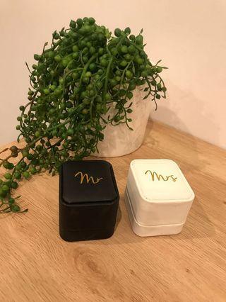 Mr & Mrs Ring Box