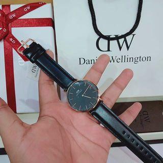 NEW. Daniel Wellington Classic Sheffield 40mm