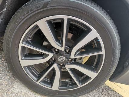Nissan XTrail 19 inches stock rim with Bridgestone Ecopia Tires 7/10