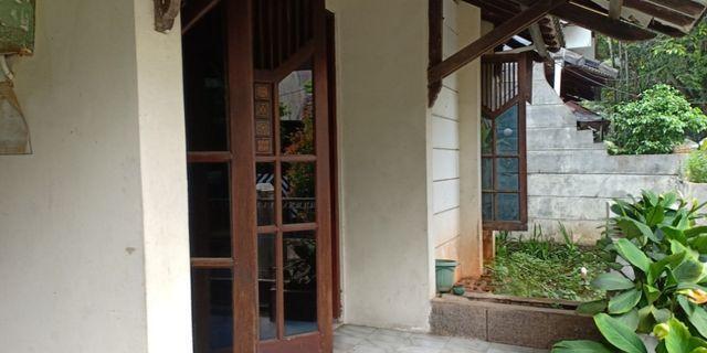 Rumah 2 lantai Tanah luas harga Ekonomis Bukit Pamulang Indah Tangsel