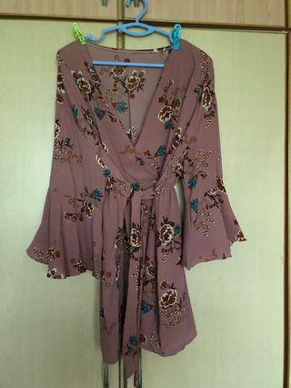 🚚 Bell sleeve Greyish pink Floral Kimono TOP [Plus Size]