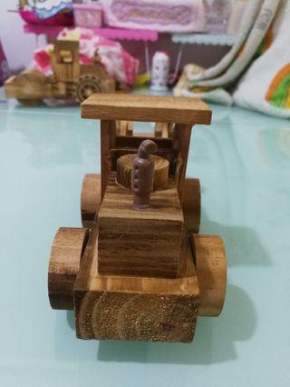 木製剷型玩具車