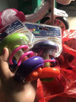 Toodler Toys Giggle Rattle