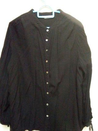 Black Blouse from brands Outlet