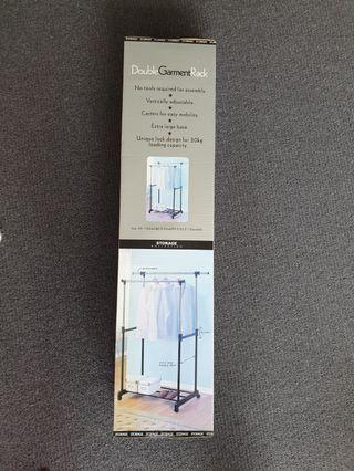Double railed garment/clothes rack