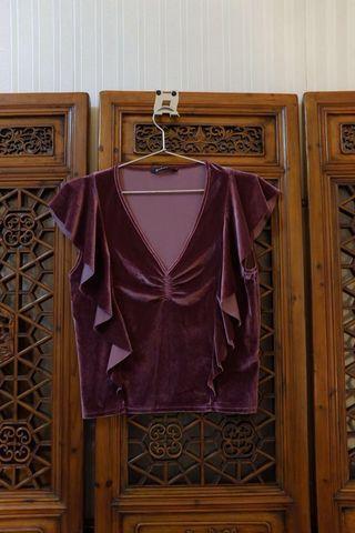 STRADIVARIUS velvet top (used once)