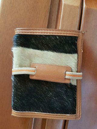 🚚 Leather card holder