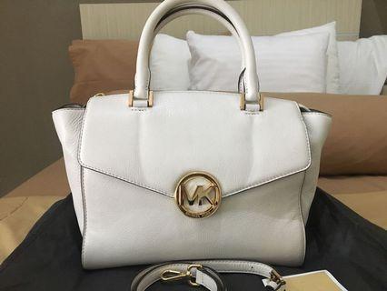 Reprice authentic MK Bag