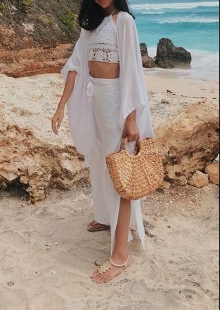 White outer