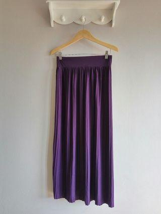 Pleated Skirt Jumbo