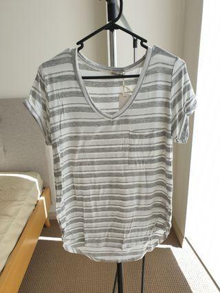Cotton on BNWT T-shirt