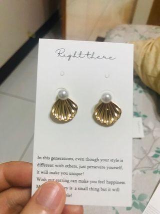 🚚 復古貝殼耳環