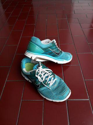 Sepatu NIKE biru asli original - footwear - running shoes blue