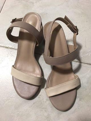 Beige blush sandals with heels