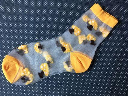 🚚 全新涼夏透膚造型短襪