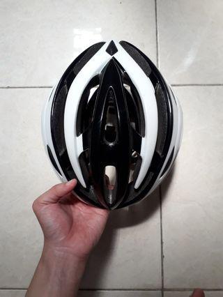 Helm Polygon Inmold (Bekas)