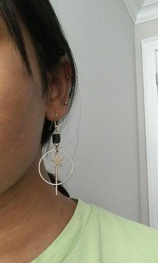 KOREAN gold drop earrings
