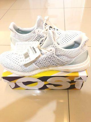 1e773bba8 Original Adidas Men s Ultraboost Parley LTD shoes ( New and with tag)