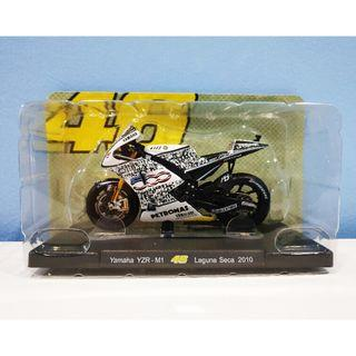 Leo 1:18 2010 Yamaha Laguna Seca Rossi #46 MotoGP Diecast Motor Model