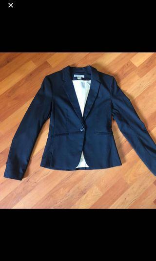 🚚 HnM navy blue blazer
