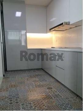 Customized Kitchen Cabinet (High Quality)