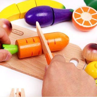 (Ready Stock)SN073 - Wooden Velcro Fruit and Vegetables Toy Set - Cooking Role Play Educational Toy