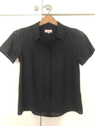 Black collared lace sleeve top