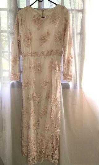 🚚 Peachy Lace Dress