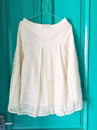 Broken White Lace Skirt