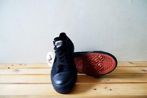 #mauthr Sepatu Warrior - Sparta LC All Black