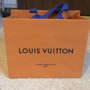 🚚 Louis Vuitton LV Paper Bag & Envelopes
