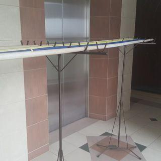 Clothes drying stand with sticks