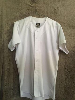 Baseball t shirt with Button