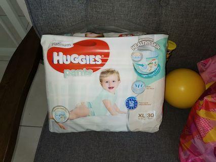 🚚 Huggies platinum diapers