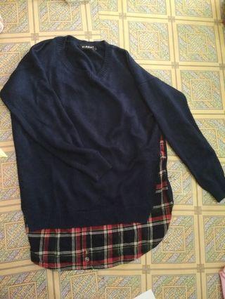 Sweater navy rajut tebal