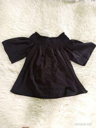 Black Sabrina Top