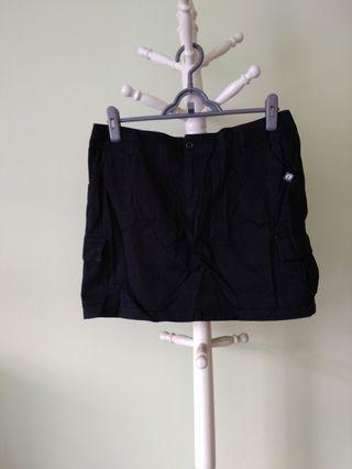 🚚 Black skirt #ENDGAMEyourEXCESS