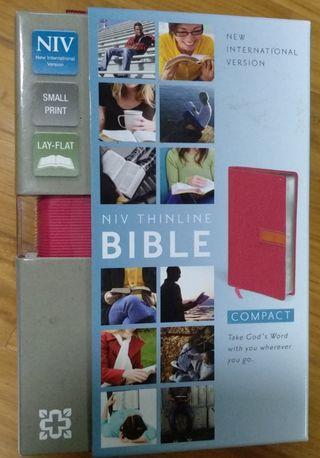 BNIB NIV Compact Bible in Small Print