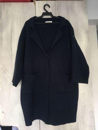 深藍針織大衣