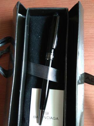 Brand New pen Balenciaga for sale