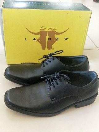 🚚 LA New 男鞋