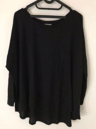 Hybrid Outfitters size L Loose Top Black