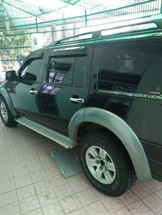 Ford everest 2007 hitam 2500cc